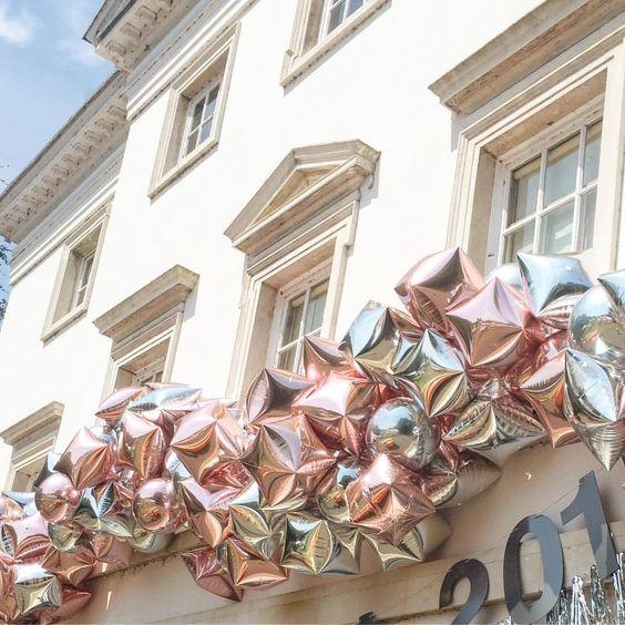 foil silver balloons